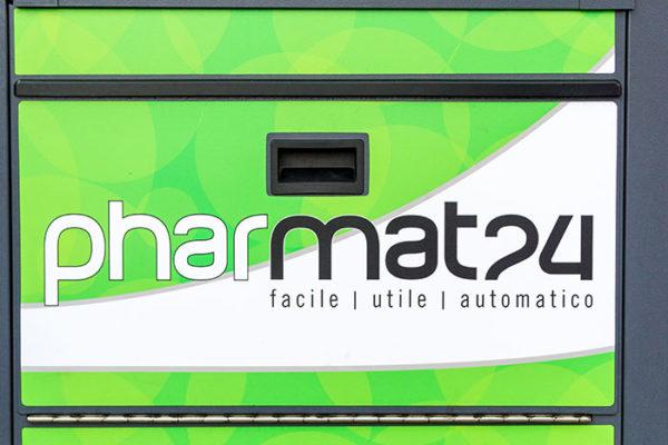 Pharmat: consegna <br />e prenotazione farmaci